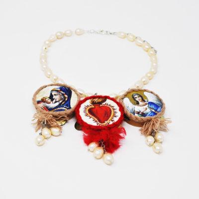 Collier con santi e perle
