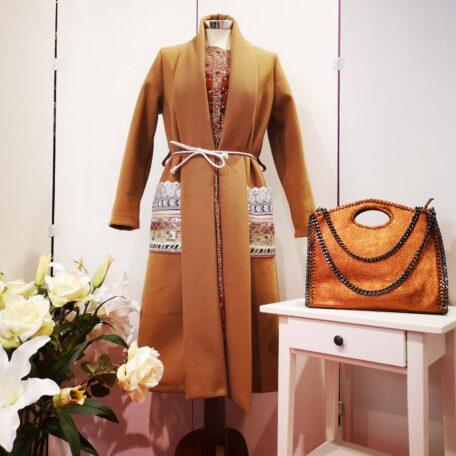 cappotto con tasche ricamate (5)
