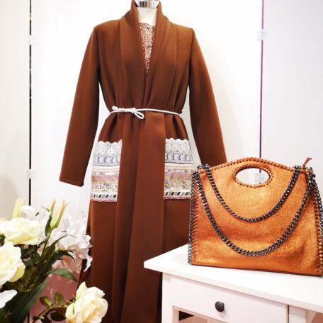 cappotto tasche ricamate marrone (2)