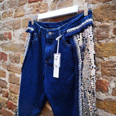 Jeans Artigianale con Ricami